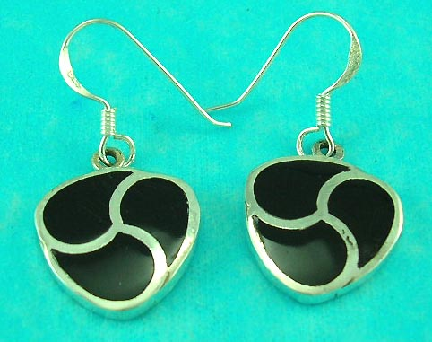 online jewelry shop features flower shaped onyx sterling silver earring