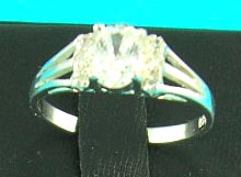 precious jewelry setting delivers man-made diamond, great for anniversary gifts!